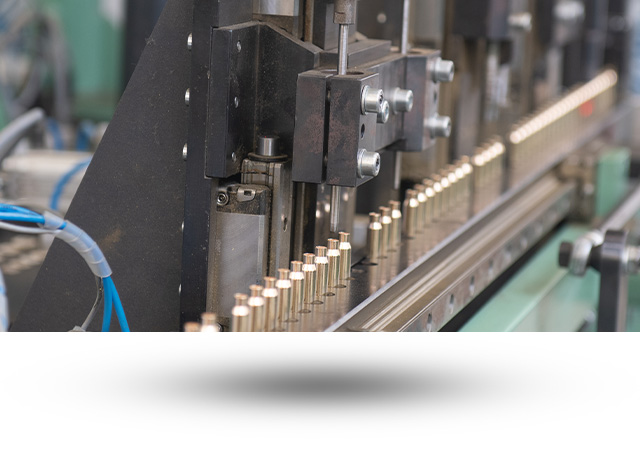 Výroba strojů a nářadí je nedílnou součástí společnosti Sellier & Bellot a.s.